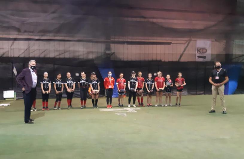 a girls baseball team photo